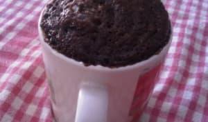 Mug cake au chocolat en poudre