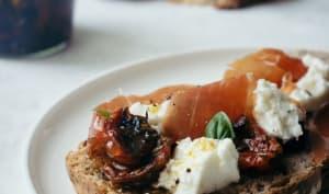 Tomates cerises confites à l'huile d'olive et aromates