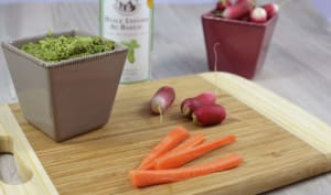 Dips de légumes et pesto de fanes de radis