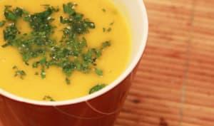 Velouté ou crème de carottes à l'orange et au curry