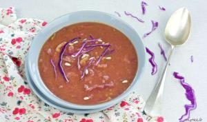 Soupe au chou et à la pâte de curry
