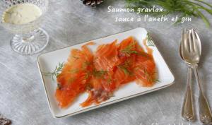 Saumon gravlax, sauce à l'aneth et au gin