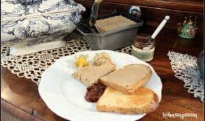 Terrine de foies de poulet au Sauternes et poivre frais