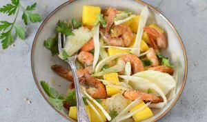 Salade de fenouil, mangue et crevettes aux épices
