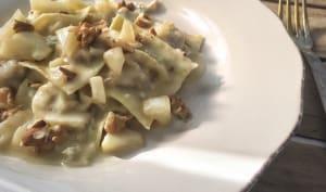 Raviolis aux noix, sauce poire-gorgonzola