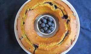 Gâteau de polenta aux myrtilles