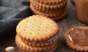 Biscuits à la noisette fourrés au chocolat