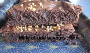 Tarte fondante au chocolat, beurre de coco et lentille corail
