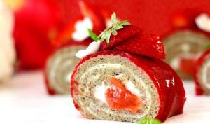 Roulé fraise rhubarbe