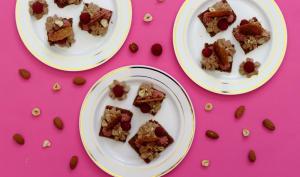 Carrés croustillants à l'amande, noisette, framboise et gianduja