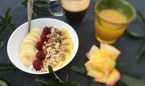 Breakfast Bowl de fruits et muesli