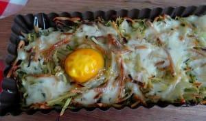Tarte paillasson de pommes de terre et courgette, au fromage et œufs