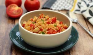 Riz pilaf aux tomates et poulet