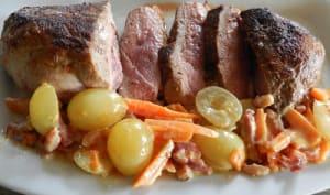 Magret de canard et ses carottes aux raisins blancs