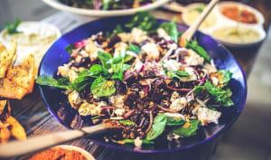Salade au chapon, foie gras, figues, truffe