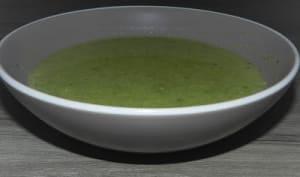 Potage aux poireaux, cerfeuil et moutarde de Dijon