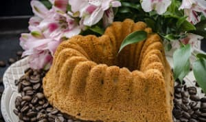 Cake aux noix du Brésil et dattes, arômes gingembre et vanille