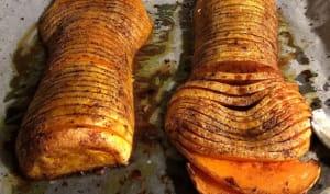 Butternut hasselback à la cardamome et quatre épices
