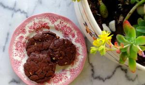 Cookies chocolat, noisettes et purée d'amandes