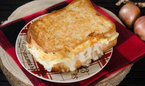 Grilled cheese au reblochon