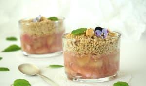 Crumble de rhubarbe peu sucré à la noisette * 1,2,3...Dégustez !