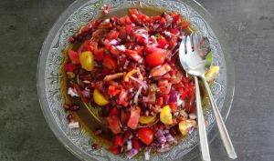 Salade de tomates aux grains de grenade de Yotam Ottolenghi