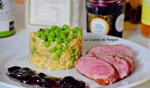 Magret de canard cuit à basse température, confiture de cerise à l'ail noir et risotto aux petits pois