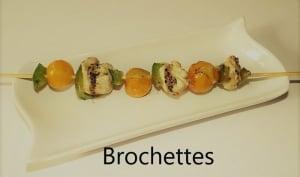 Brochettes façon thaï au poulet, tomates cerises et poivron vert
