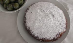 Gâteau au lait concentré et aux Reines Claude