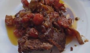 Plat de côtes de bœuf mariné, au four