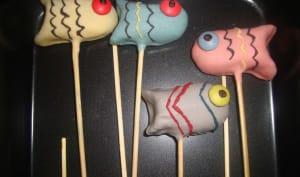 Cake pops poissons colorés