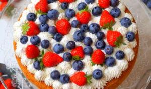 Gâteau nuage aux fruits rouges