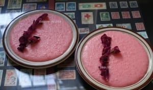 Mhalbi au sirop de fraises