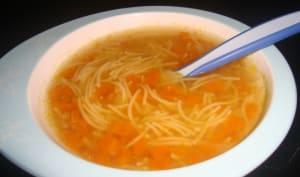 Petit potage de vermicelles aux carottes dès 12 mois