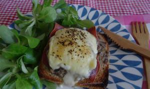 Bruschetta à la crème de champignons, jambon cru et raclette