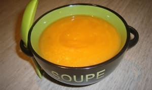 Soupe de potiron au piment de la Jamaïque