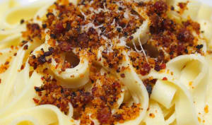 Pâtes Tagliatelles au Crumble de Chorizo