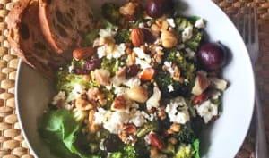 Salade de Brocoli et noix rôties