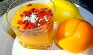 Jus de d'oranges et citrons baies de goji thé vert