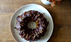 Gâteau à la poire, aux graines salées et chocolat