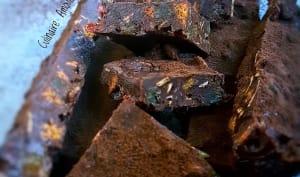 Fridge cake au chocolat, fruits secs et spéculoos