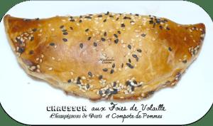 Chaussons aux foies de volaille, champignons de Paris et compote de pommes