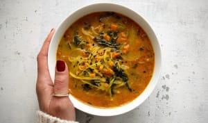 Soupe aux légumes et curcuma