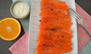 Saumon gravlax au miel et à l'orange