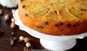 Gâteau aux poires, chocolat et noisettes
