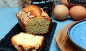 Cake à la pâte d'amande et fleur d'oranger