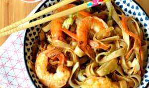 Nouilles sautées aux crevettes, sauce BBQ