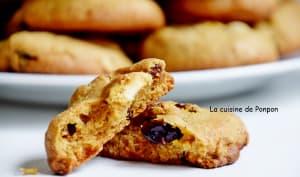 Biscuit au chocolat blanc, baies de goji et cranberries