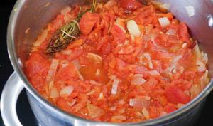 Cuire un concassé de tomates