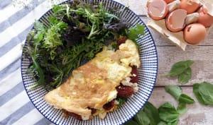Omelette tomates séchées, épinards et feta